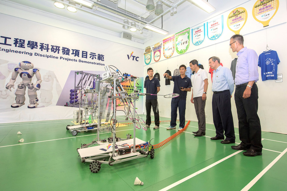 Chief Executive visits IVE Engineering