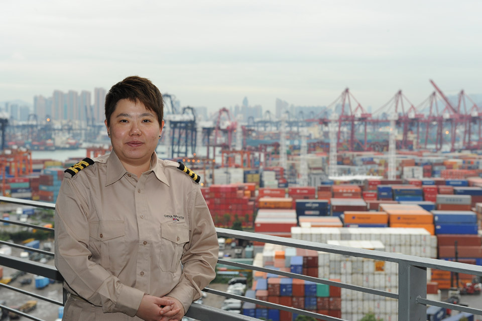 Woman at the helm<br>First female to gain the Captain's certificate in Hong Kong