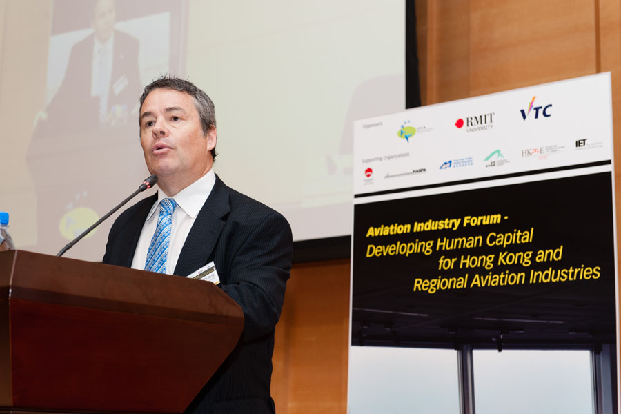 學習趣聞 - Aviation experts from Hong Kong and Australia gather in Hong Kong for developing human capital forum  (2015 年 10 月)